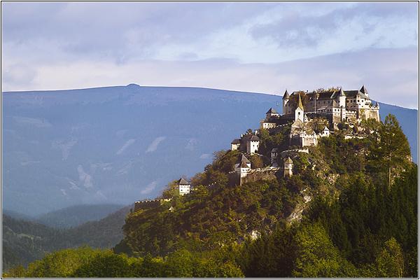 Средневековые замки Австрии