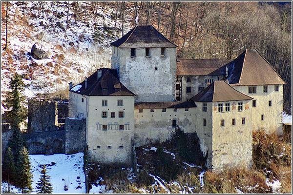 Замок Шаттенбург в Австрии