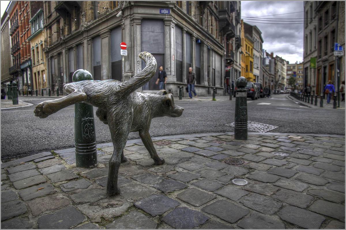 Писающие памятники Брюсселя