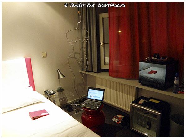 Номер в дизайнерском отеле Monty Small Design Hotel