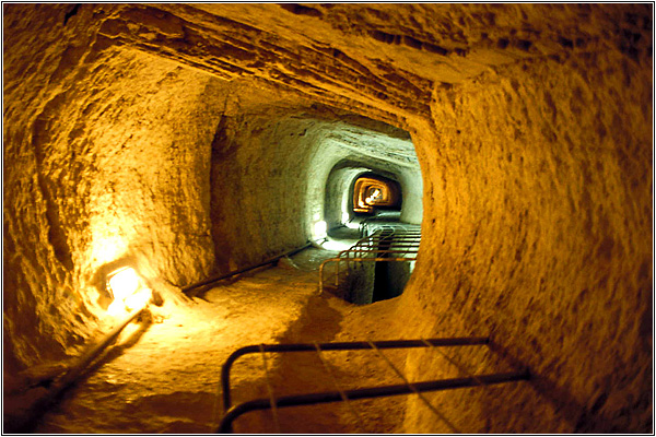 Самосский акведук (Эвпалинов тоннель)