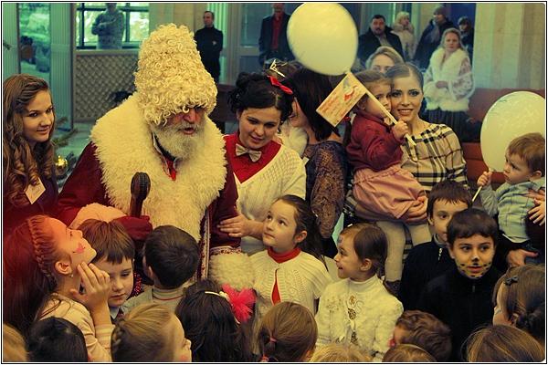 Мош Крэчун — один Дед Мороз на две страны