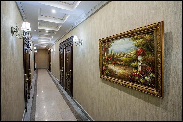 Коридор в отеле Чеховъ