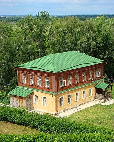 Рязанский кремль. Дом причта.