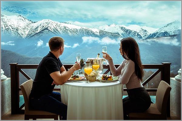 Ресторан The Grill в Novotel Resort Krasnaya Polyana Sochi