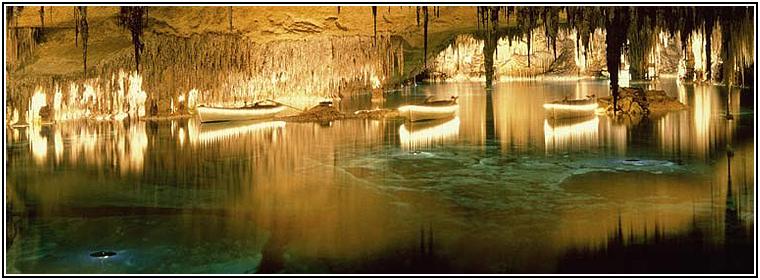 Прогулка на лодке по подземному озеру