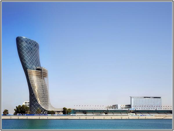Ворота столицы в Абу-Даби
