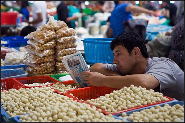 Восточный базар в Узбекистане